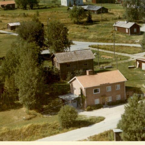 Posten (gamla och nya) och PerNilsas